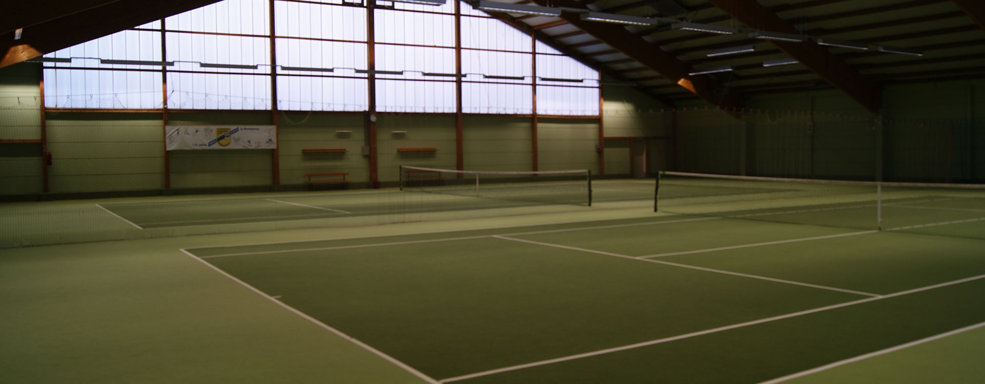 2-Feld-Tennishalle